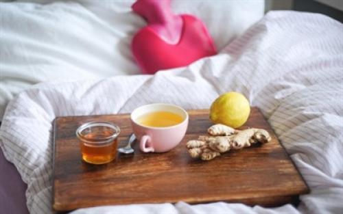 Чай с медом и лимоном при простуде. Полезные рецепты от простуды из меда, лимона и имбиря: польза чая и пропорции