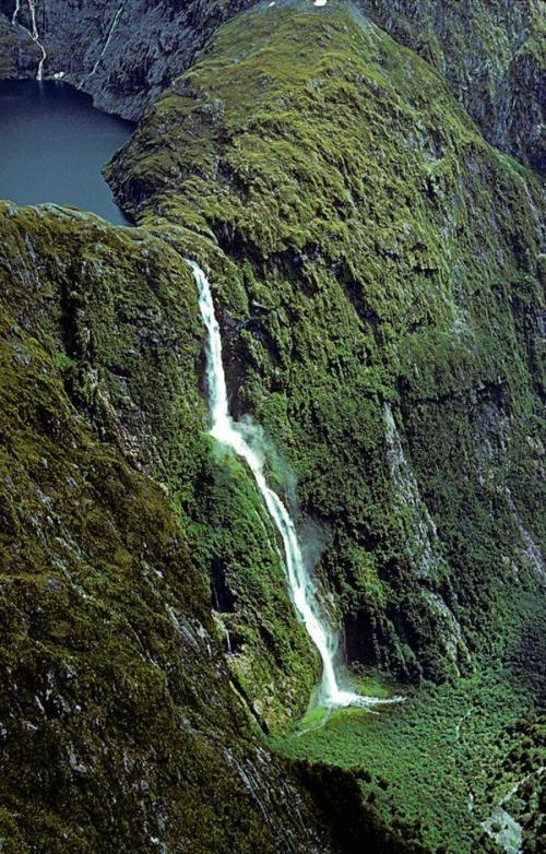 Самый высокий водопад мира. 10 самых высоких водопадов мира