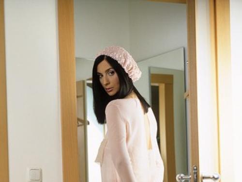 Екатерина Стриженова в платье. Как девочка: 51-летняя Стриженова восхитила стройной фигурой