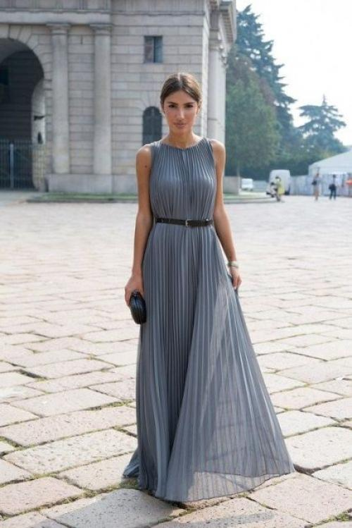 Платье с плиссированной юбкой. Платье в пол
