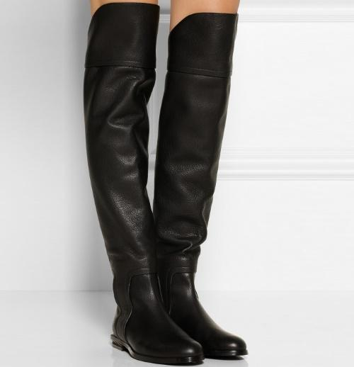 Кожаные ботфорты без каблука с чем носить. Кожаные ботфорты без каблука