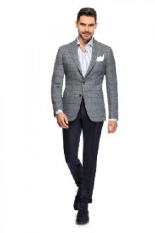 Пиджак с джинсами женский. Сочетающийся низ Пиджак с джинсами носить можно и даже нужно. В этой ситуации необходимо учитывать телосложение мужчины, возраст и социальный статус. Отталкиваются от фасона и материала верха, чтобы подобрать брюки в едином стиле. Различают комбинации одежды для офиса, дружеской вечеринки и отдыха за городом.