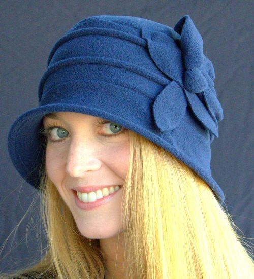Женская шапка из флиса. Фасоны шапок из флиса