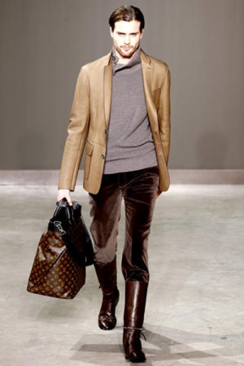 С чем носить кожаный пиджак мужчине. Как носить мужской кожаный пиджак
