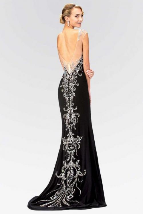 Платье с глубоким вырезом на спине. Варианты оформления выреза на спине