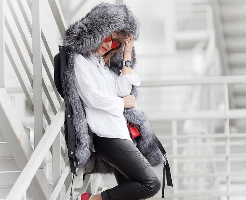 Куртка парка синяя женская. Модные парки 2020-2021. Какие идеи парки предлагают женщинам дизайнеры