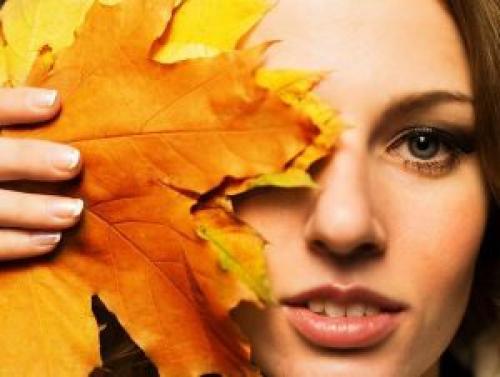 Осенью сухая кожа. Почему осенью кожа сохнет и шелушится: секреты