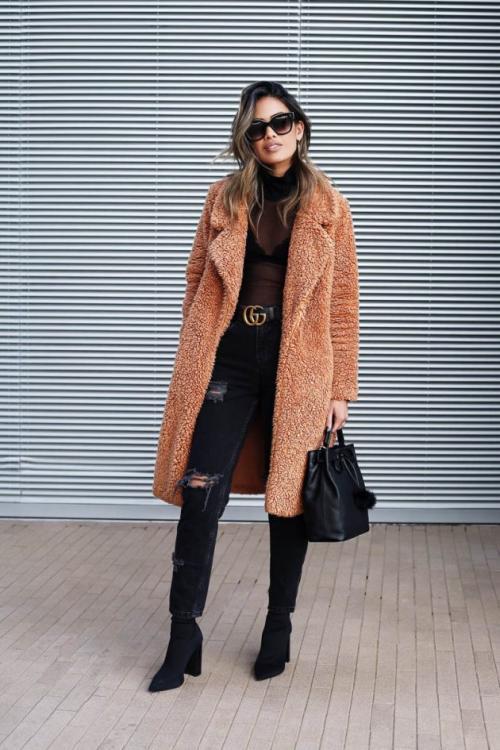 С чем носить рваные джинсы зимой. 15 способов носить рваные джинсы зимой
