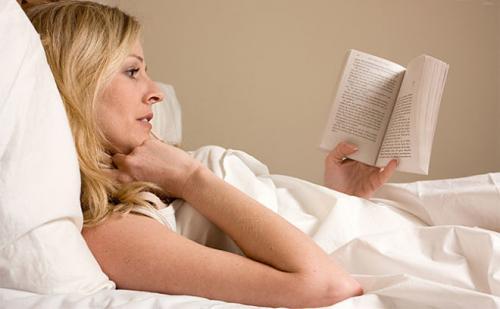Что делать если проснулся ночью и не можешь уснуть. Почему человек просыпается среди ночи и не может заснуть