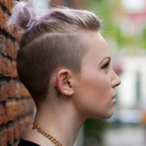 Рисунки на голове для девушек. Выбритые рисунки на голове: 9 оригинальных причёсок для смелых девушек 23