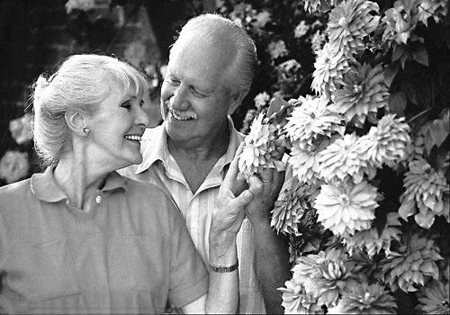 Как выйти замуж в 54 года. Нужно ли собираться замуж в 55 лет?