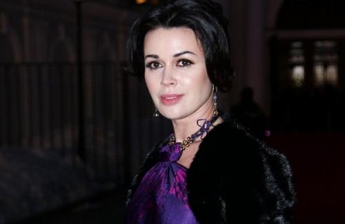 Российские актрисы 40 лет. 10 российских актрис, которые после 40 выглядят прекрасно